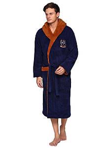 Мужской пушистый халат с капюшоном