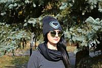 Женская шапка стильная со стразами
