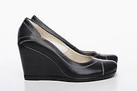 Кожаные туфли на танкетке, фото 1
