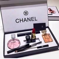 Подарочный набор Chanel (5 в 1)