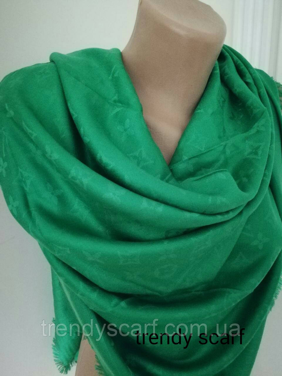 Женский Платок Louis Vuitton бренд Луи Виттон зеленый цвет monogram реплика  шерсть шелк 140 150 daeb7356ff7