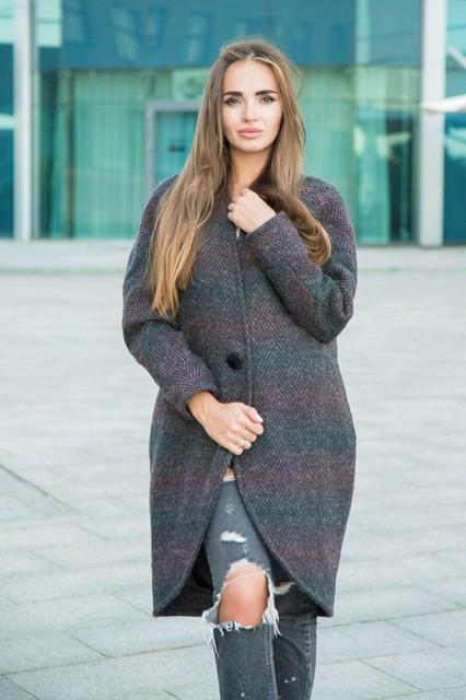 826c96270c1d Стеганое пальто в новом сезоне представлено дизайнерами в необычных  вариантах. Отличный вариант для решения собственного комфорта и создания  красивого ...