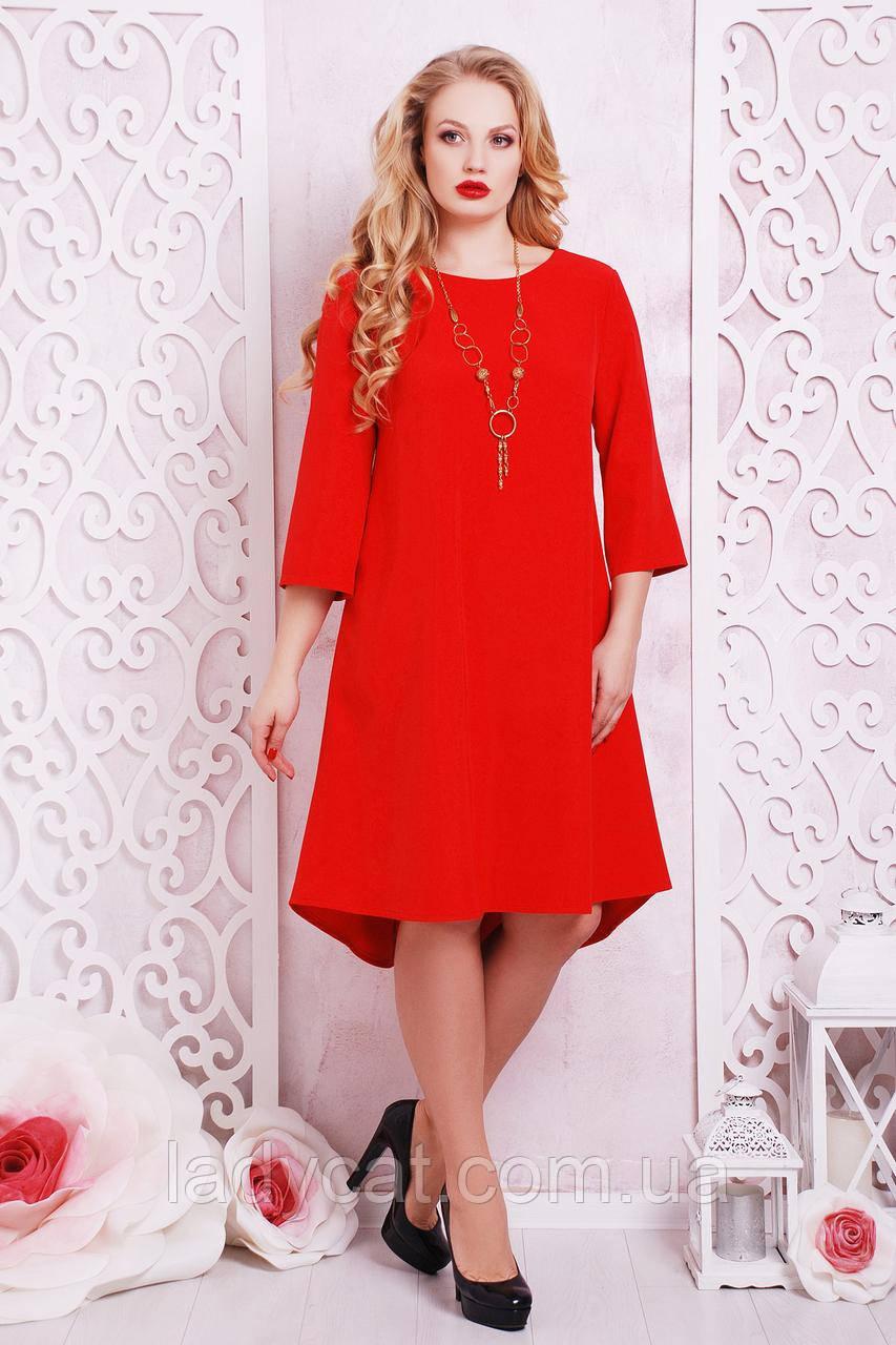 Элегантное женское платье красного цвета