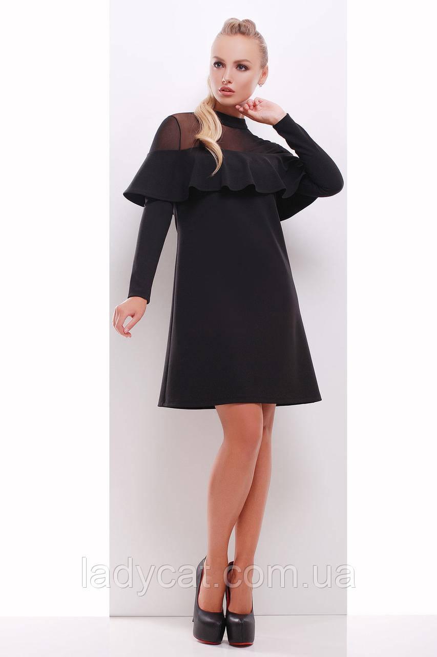 Черное платье с длинным рукавом