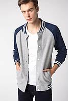 Светло-серая мужская кофта De Facto / Де Факто с синими рукавами