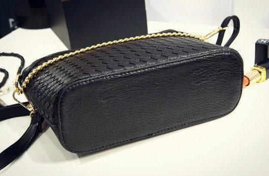 fe7133096f89 Женская сумка через плечо Valentino плетенная с цепочкой: 420 грн ...