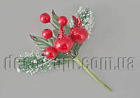 Ветка хвои в снегу с ягодами 15см JQD-3106