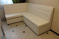 Угловой диван для кухни в белой коже