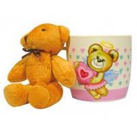 """Чашка """"Ведмежа-янголя"""" рожева 320мл + м'яка іграшка в подарунковій упаковці. Артикул: 21-272-037. TM Keramia."""