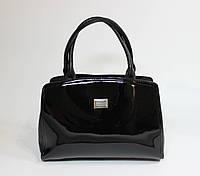 Классическая женская лаковая сумка