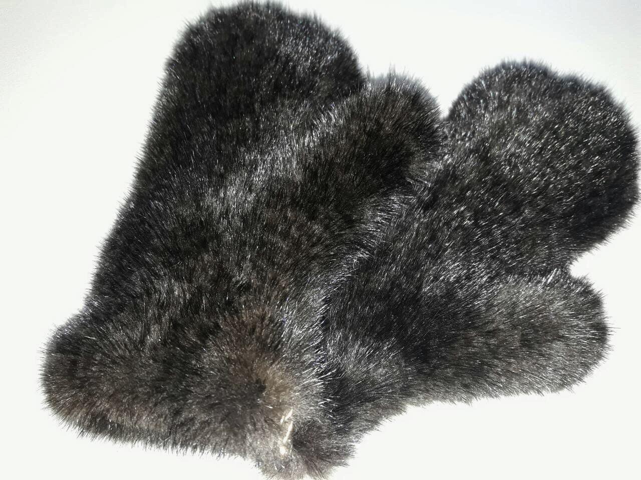 Женские варежки вязаные из норки махагон