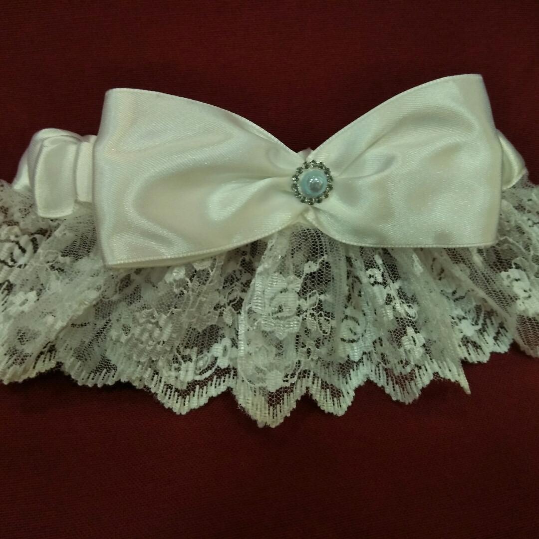Свадебная подвязка для невесты (белая)