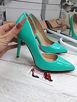 Лодочки туфли каблук ,с боковым вырезом,летние бирюза