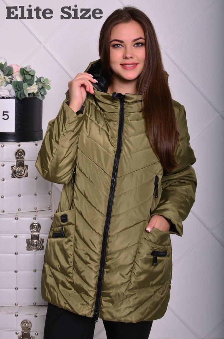 Удлинённая зимняя курточка с капюшоном