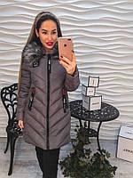 Женская, стеганая, демисезонная куртка с капюшоном и меховой опушкой