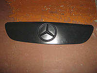 Утеплитель решетки радиатора на Мерседес Вито/Виано (Mercedes Vito/Viano)