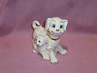 Собака с щенком фарфоровая статуэтка фигурка 9см высота