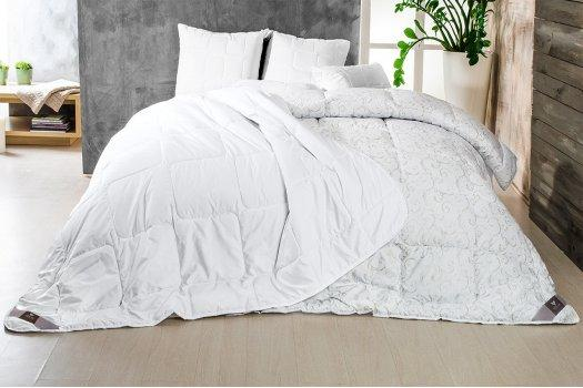 Одеяло Зима-Лето 140*210
