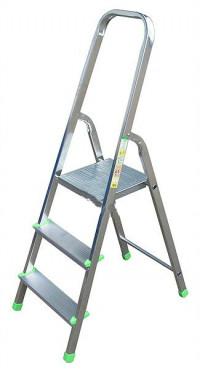 Стремянка алюминиевая ITOSS HOBBY 3913 - 3 ступ., длина 1.15 м, высота площ. 0.55 м BPS