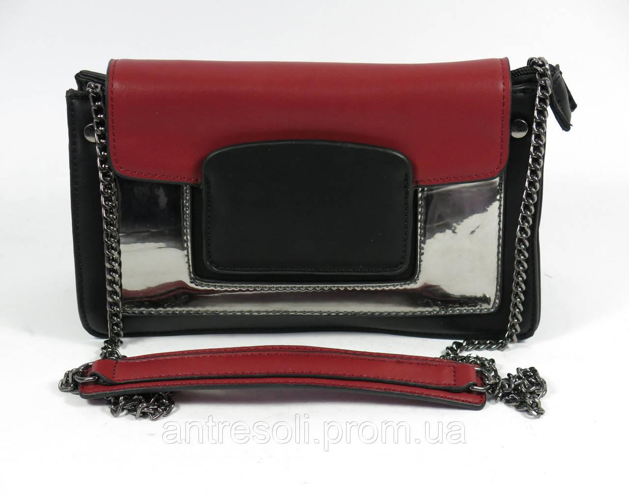 Черная женская сумка клатч с красной вставкой