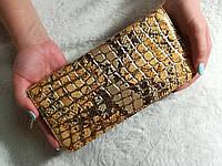 Женский лаковый кошелек на молнии 3D черно-золотой, фото 1