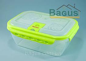 Пищевой контейнер с пластика  2.6 л Fissman Салатовый (VC-6754.2.6)