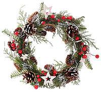 Венок новогодний с декором из шишек и ягод 22 см