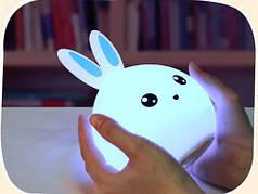 Сенсорный (тач) светильник в виде Зайчика. Голубые ушки