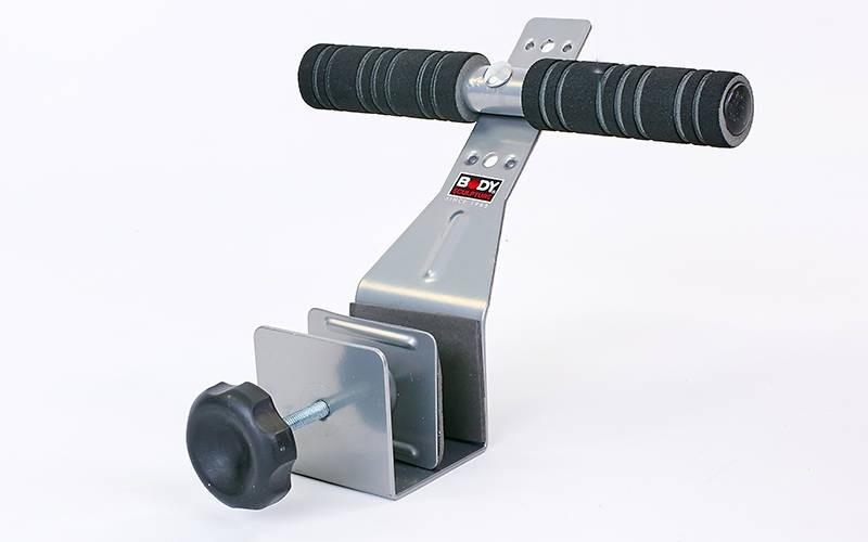 Тренажер для пресса с креплением к двери SOLEX SIT UP BAR BB-620EG-B (мет,неопр, черный,р-р19x32см)