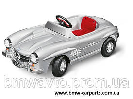 Дитячий електромобіль Mercedes-Benz Kids Electric Car 300 SL Silver 2012