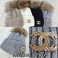 Вязаная шапка на Флисе с брошью (пампон - натуральный енот)