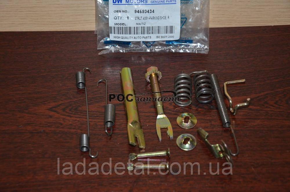 Ремкомплект тормозных колодок Матиз правый KS