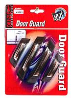 На двери