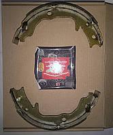 Тормозные колодки ручного тормоза (ручника) барабанные Mitsubishi Lancer X, ASX, Outlander XL