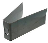 Чистик внутренний  дисков тукового сошника John Deere  В35913