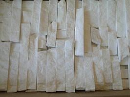 Плитка из мрамора белого тасос соломка лапша 3 см.  Не торцованый. Цену и наличие уточняйте.