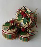 Коробка подарочная (шпон деревянный) ручной работы 18см с ярким гранатом и зеленью