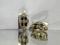 Стильные серебряные сережки с цирконом Киев