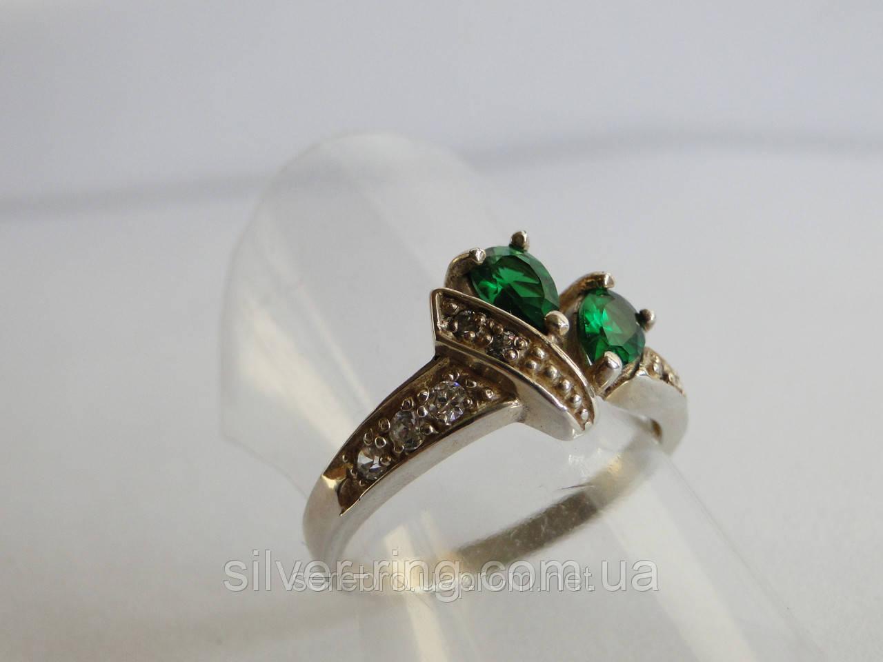 Молодежное кольцо с зеленым цирконом