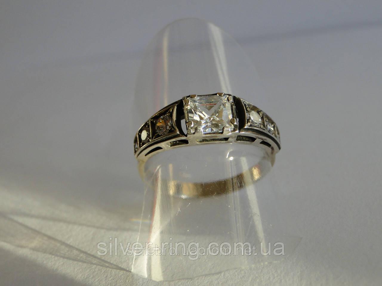 Нежное молодежное кольцо