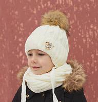 Зимняя шапка для девочки Принцесса, балабон из искусственного енота, молоко (ОГ 48-52, 52-56)