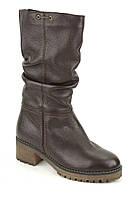 Кожаные женские зимние сапоги на каблуке Romax М4838