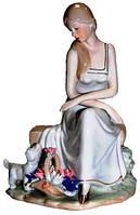 Статуэтка девочка из фарфора, 200х270х150