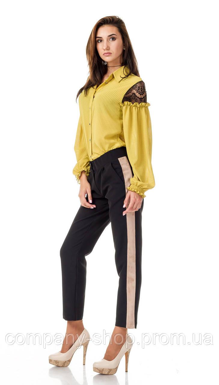 Женские брюки из крепа с кантами оптом. Модель БР26_черный с бежевым.