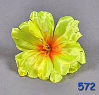 Р 572 Голова цветка из атласа.