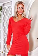 Платье из вискозы с отделкой гипюром красное