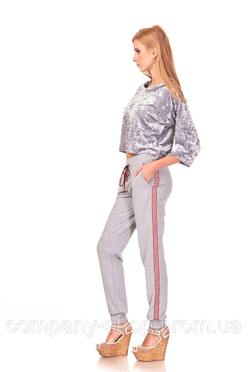 Женские брюки спортшик с кантами и манжетами. Модель БР24_серый с красно-белым кантом.