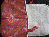 Меховой матрасик на санки красный в цветочек