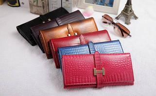 Женские сумки и кошельки