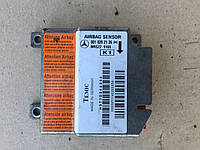 Блок управления подушками Airbag Mercedes 001 820 21 26